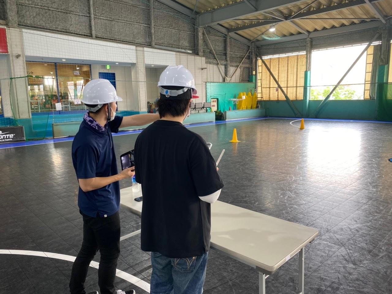 プロクルードローンスクール 大阪校の講習風景